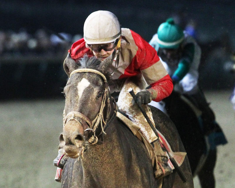 20161126 MCCRAKEN - The Kentucky Jockey Club Gr II (Coady) Inside Fin