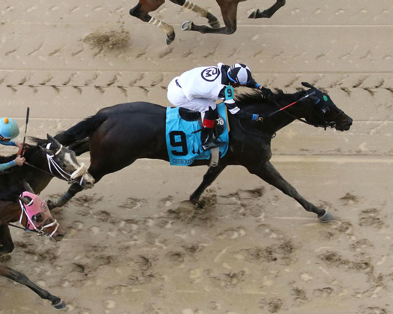 LIMOUSINE-LIBERAL---The-Churchill-Downs---Gr-ll---83rd-Running---05-06-17---R10---CD---Aerial-1