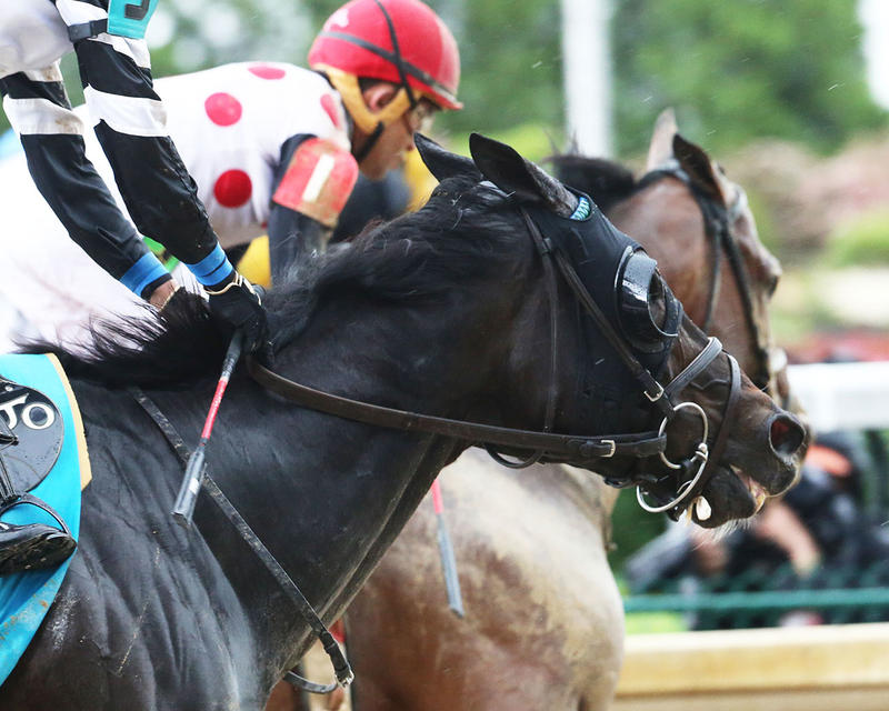 LIMOUSINE-LIBERAL---The-Churchill-Downs---Gr-ll---83rd-Running---05-06-17---R10---CD---Finish-Tight