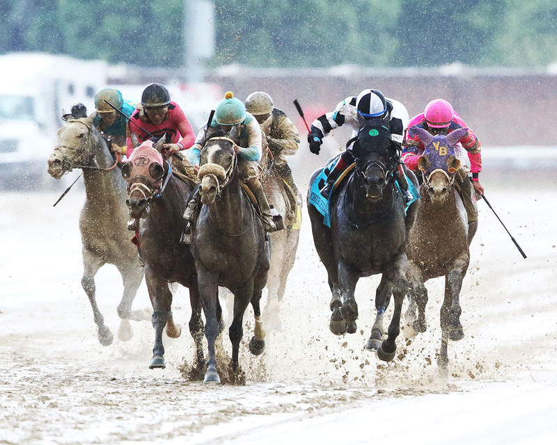 LIMOUSINE-LIBERAL---The-Churchill-Downs---Gr-ll---83rd-Running---05-06-17---R10---CD---Head-On-1
