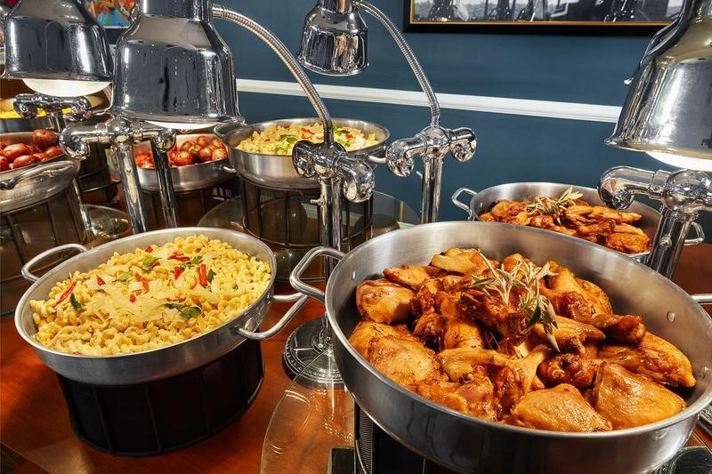 Mil_Row_ 4_Chefs_Table