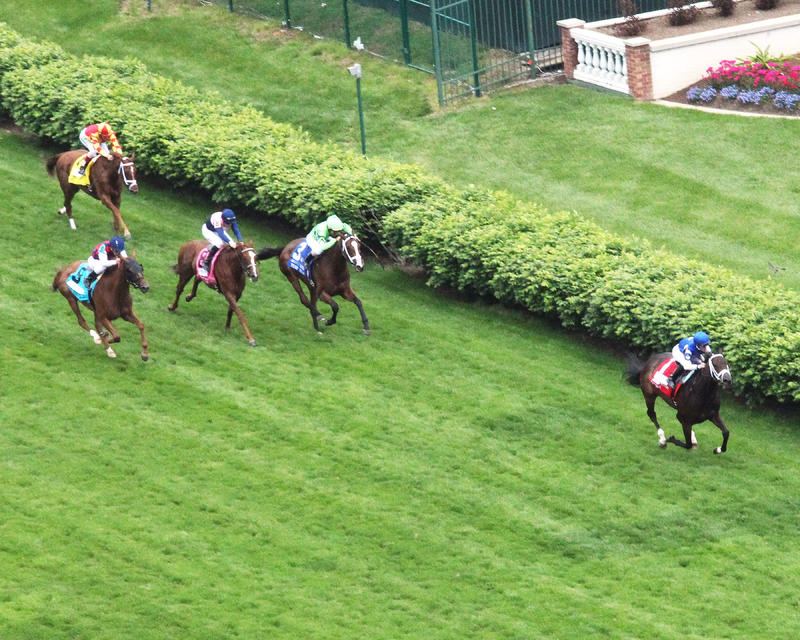 20160507 TEPIN CD Distaff Turf Mile (Coady) Aerial 1
